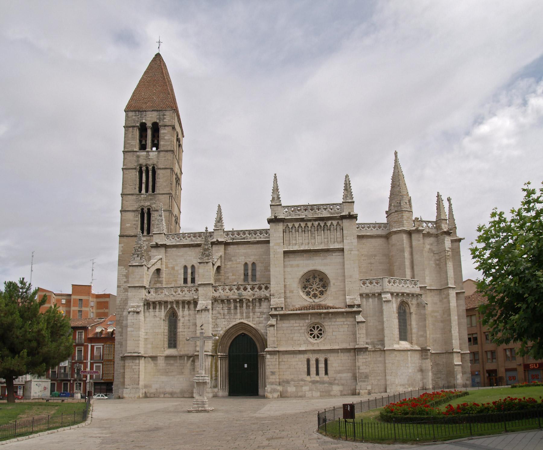 Iglesia de santa mar a la antigua wikipedia la for Fuera de juego del valladolid