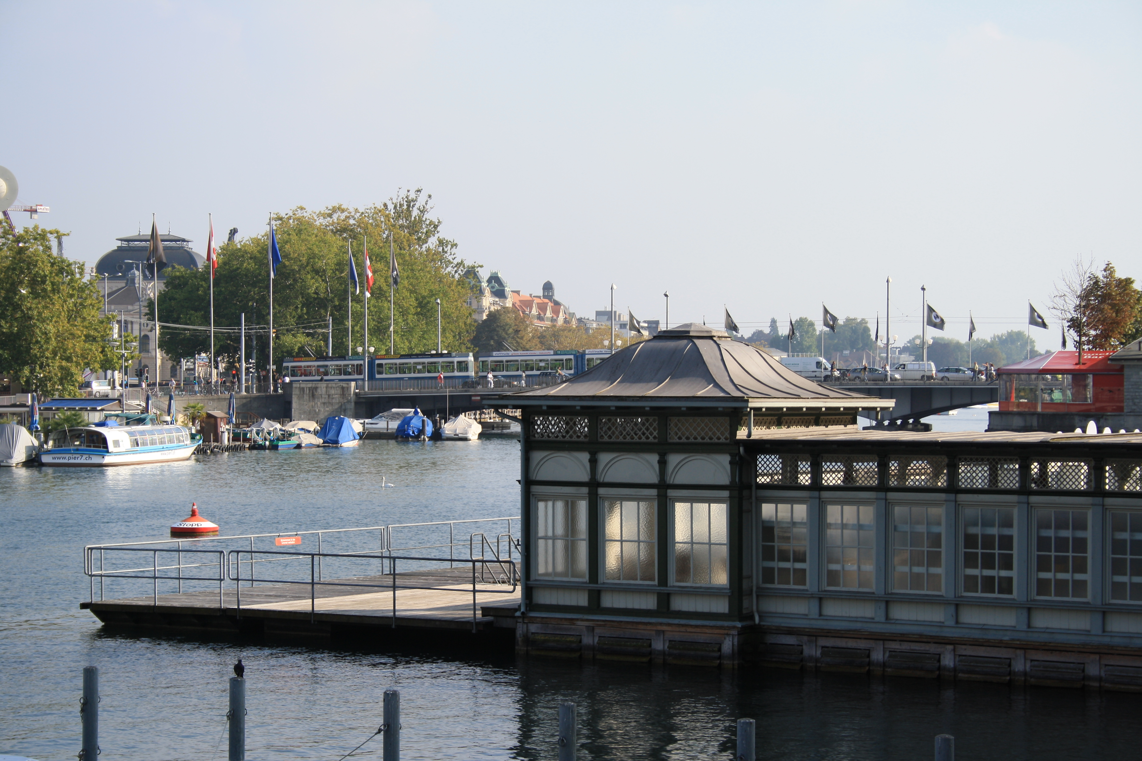Resultado de imagen de swimmbad quai zürich