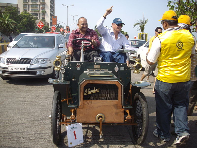 File:'Humber 1902' at 'Mumbai Vintage car rally-2010'.jpg