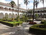 (Iglesia de San Francisco, Quito) Convento pic.bb04 interior courtyard.JPG