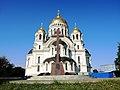 Войсковой Вознесенский кафедральный собор и памятник примирению и согласию.JPG