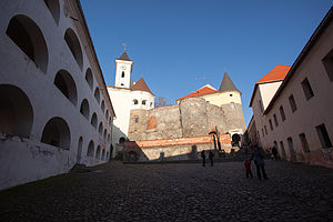 Замок Паланок 121230 0139.jpg