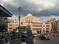 Киев, Бессарабский рынок, въезд на ул. Крещатик - panoramio.jpg