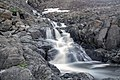 Ландшафты Полярного Урала, ручей, водопад, скалы.jpg