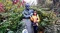 Пам'ятник-бюст І. П. Котляревському у Полтаві.jpg
