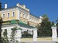 Рязанский государственный университет, старое здание, южное крыло.JPG