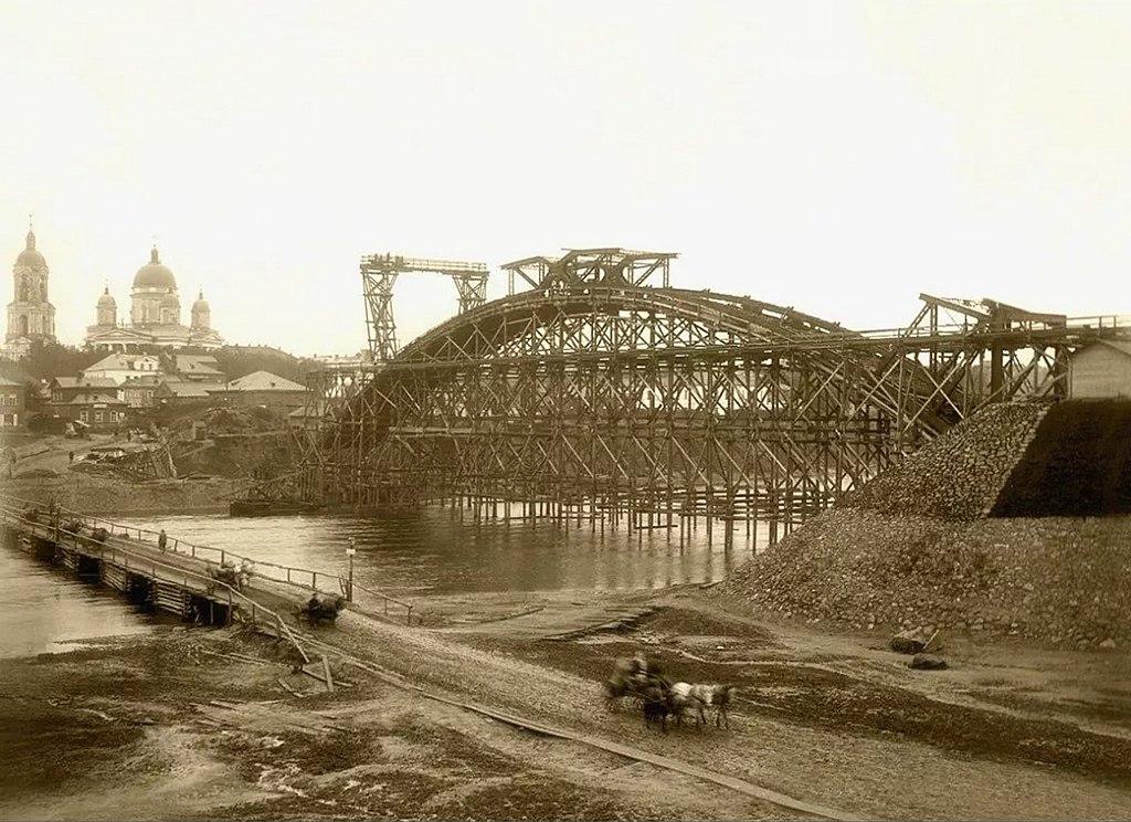 Строительство моста Белелюбского. 1904