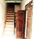 خانه غفوری26-راه پله ورودبه طبقه بالا در بخش تابستان نشین.jpg