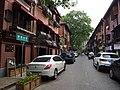 珞珈山街 - Luojiashan Street - 2016.04 - panoramio.jpg