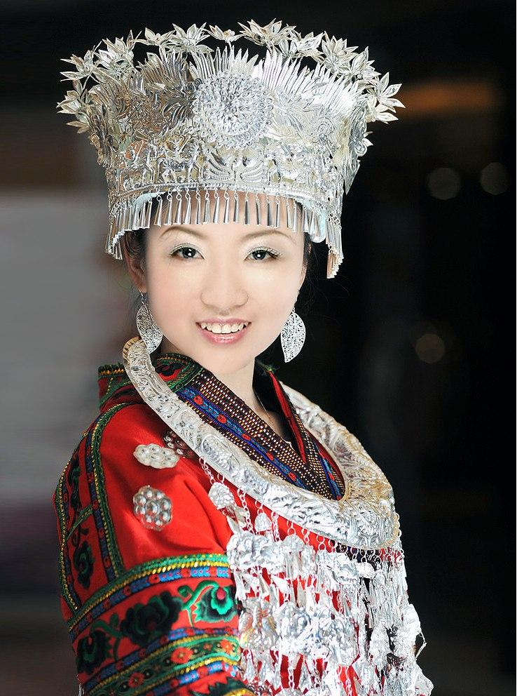 贵州黔东南苗族女性(a Miao woman in Qiandongnan,Guizhou)
