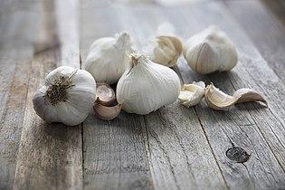 001-Garlic.jpg