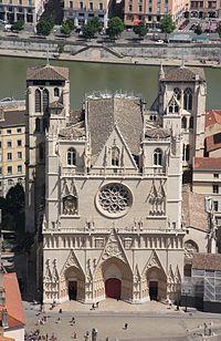 007. Photo prise depuis les toits de la Basilique Notre-Dame de Fourvière.JPG