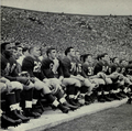 1950 Michigan football sidelines.png