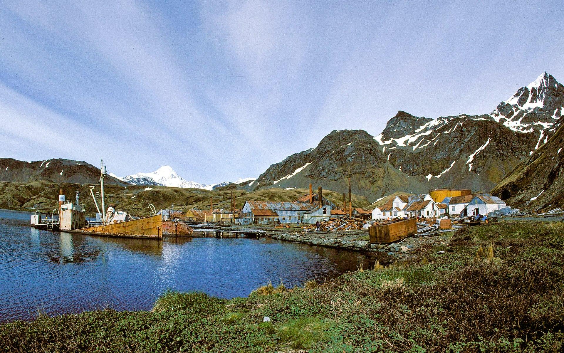 1920px 1989 Grytvikken hg