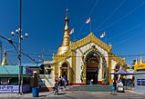 2016 Rangun, Pagoda Botahtaung (01).jpg