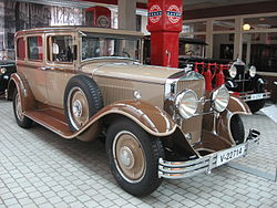 Horch 8, model 375