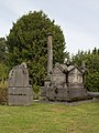 521300 Begraafplaats Elisabethstraat kavel met diverse grafmonumenten (2).jpg