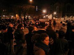 240px-AG_Nuit_Debout_Lille dans Sceptiques du Québec