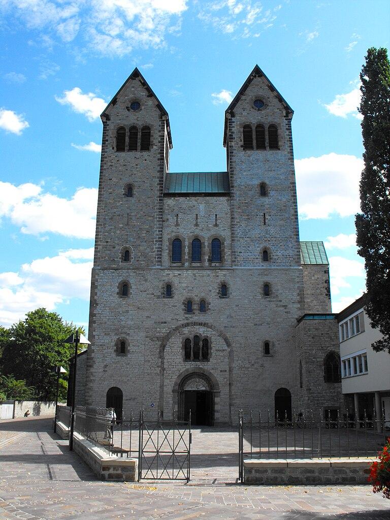 Paderborn Germany  City new picture : Bestand:Abdinghofkirche, Paderborn, Germany Wikipedia