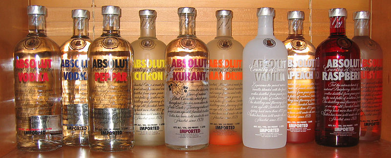Fil:Absolut Vodka 10 bottles.jpg