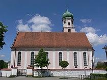 Aitrach Pfarrkirche außen 2.jpg