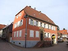 Altes Pfarrhaus in Eschelbronn.JPG