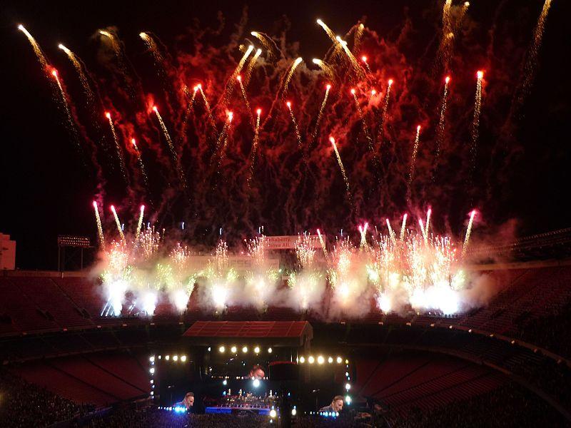 American Land ESB Fireworks Giants 100309.jpg