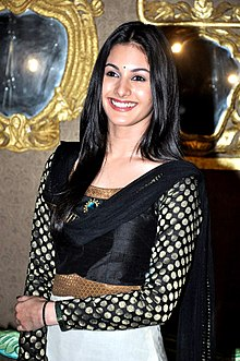Amyra Dastur promotes 'Issaq' on the sets of Amita Ka Amit.jpg