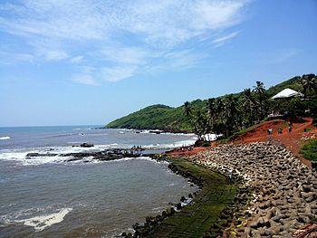Anjuna beach water receding.jpg