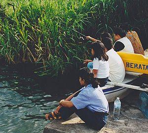 Anling people in Indonesia.jpg