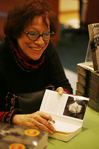 Anne Cuneo - Anne Cuneo at a promotional event in 2007 for her book Zaïda.