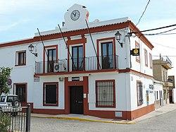Ayuntamiento El Garrobo.jpg