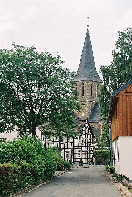 512px-B%C3%B6dingen_Kirche.jpg