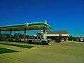 BP Stop-N-Go DeForest Station - panoramio.jpg