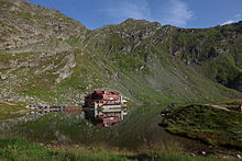 Balea lake and chalet.JPG