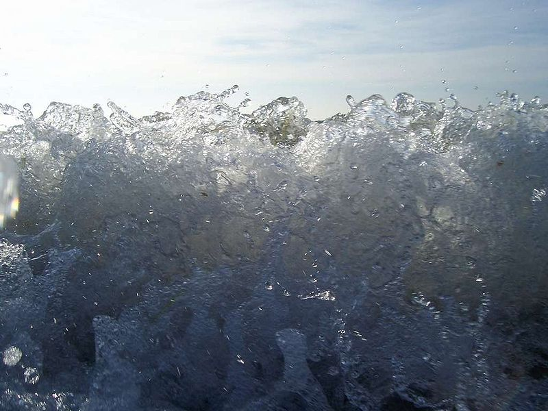 File:Baltic Sea Wave (Cien Water).jpg