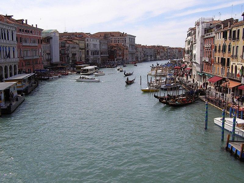 Soubor:Benátky - Velký kanál.jpg