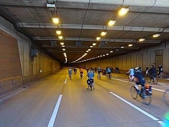 Bundesautobahn 100 - The tunnel at Britz