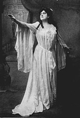 Bernice de Pasquali as Gilda in Rigoletto - Mishkin Studio, New York - The grand opera singers of to-day (1912).jpg