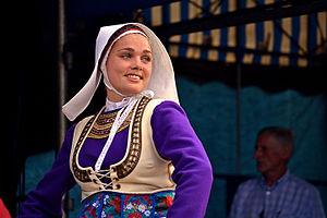 Bleuniadur - Folk costume of Léon.