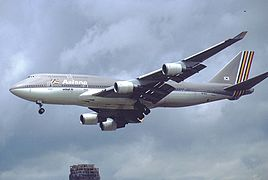 Boeing 747-48EM, Asiana Airlines AN0143361.jpg