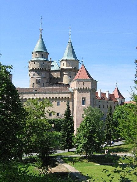 Súbor:Bojnice Castle 2005.jpg
