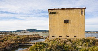 Building of the Salins de Frontignan 22.jpg