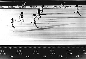 Marlies Göhr - Finish photo of Oelsner's world record race, 1 July 1977.
