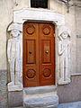 Burgio 164 - una casa ben sorvegliata.jpg