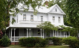 National Register of Historic Places listings in Appling County, Georgia - Image: C.W. Deen house, Baxley, GA, US