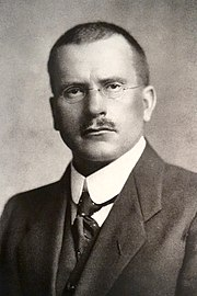 https://upload.wikimedia.org/wikipedia/commons/thumb/0/00/CGJung.jpg/180px-CGJung.jpg