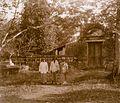 COLLECTIE TROPENMUSEUM Begraafplaats Pangeran Mas TMnr 60016487.jpg