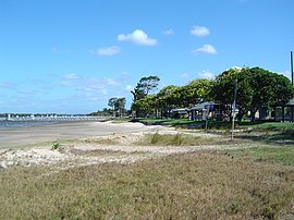 Cabbage Tree Point foreshore.jpg