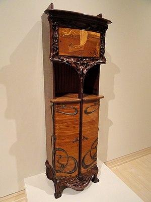 Art Nouveau furniture - Cabinet by Louis Majorelle circa 1900